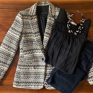 BANANA REPUBLIC Black/Cream Textured Blazer, sz 4